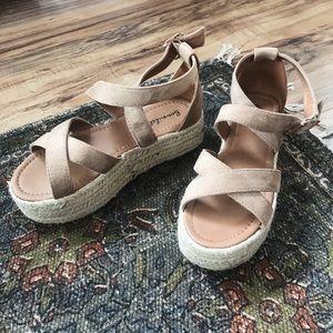 •Bonnibel• platform sandals
